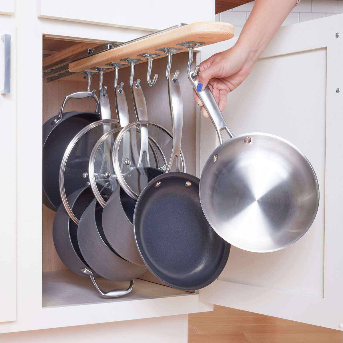 Everything about Getting Your Kitchen Organized by a Pot and Pan Rack